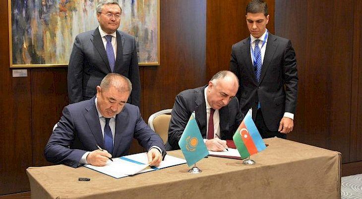 Azerbaycan ve Kazakistan arasında vizesiz seyahet süresi 90 güne çıkarıldıg