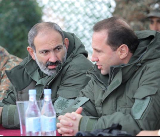 Дезертир Пашинян совещается по итогам военных учений