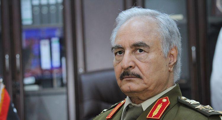 """حفتر يتحدث لـ""""سبوتنيك"""" عن آخر المستجدات على الساحة الليبية"""