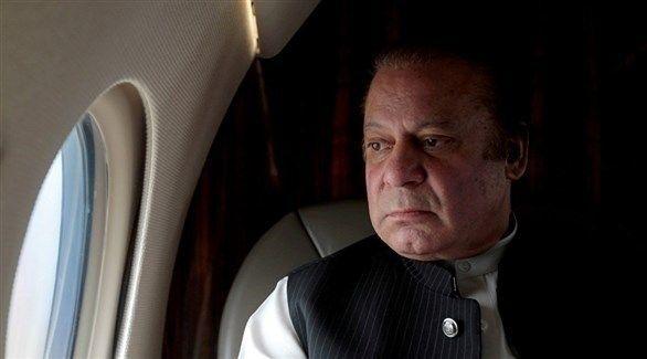 نقل رئيس وزراء باكستان السابق المسجون للمستشفى بعد تدهور صحته