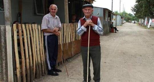 Talış kəndinə 42 erməni ailəsi qaytarıldı