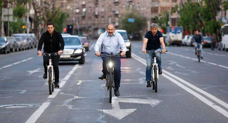 Какие перспективы ждут армянскую молодежь?