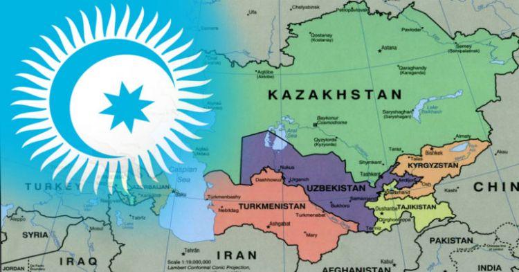 """""""Orta Asya'da barışın sağlanması için mutlaka Türkçülük ideolojisini geliştirmeliyiz"""" - Kazak uzman"""