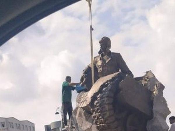 В Баку состоялось открытие памятника Герою Альберту Агарунову
