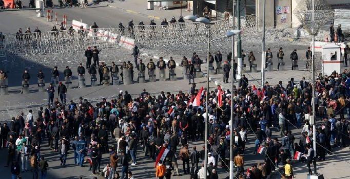 İranda əhali ayağa qalxdı - ÖLƏN VAR - VİDEO