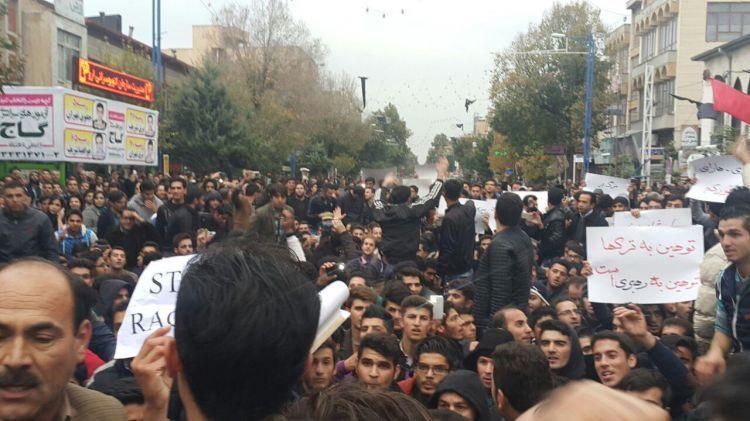 Güney Azerbaycan ayaklandı - Özgürlük talepleri var - VİDEO