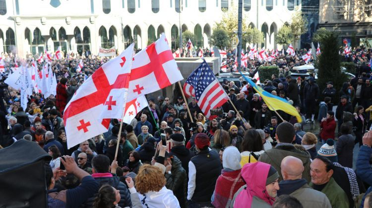 Gürcistan'da da gösteriler başladı - FOTO GALERİ