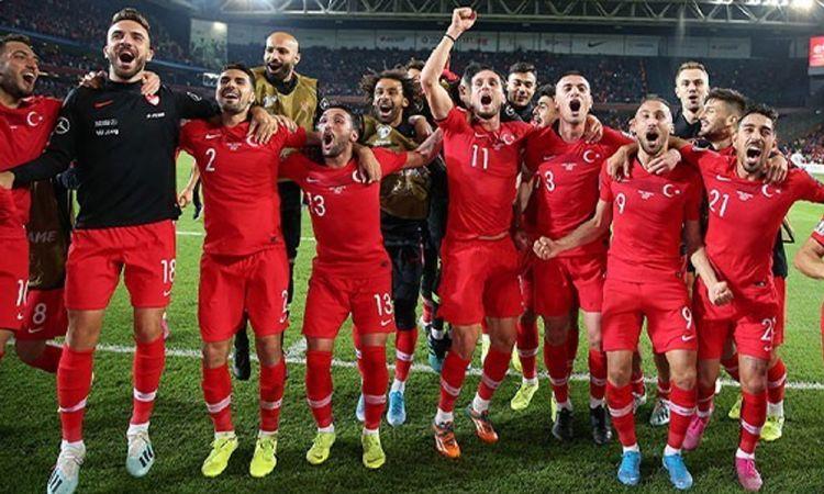tr/news/sport/401682-son-dakika-turkiyenin-euro-2020deki-muhtemel-rakipleri-belli-oldu