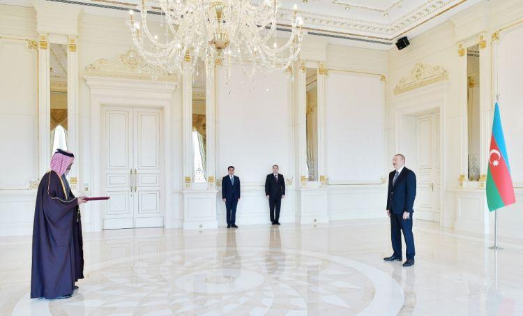 الرئيس إلهام علييف يتسلم أوراق اعتماد السفير القطري الجديد