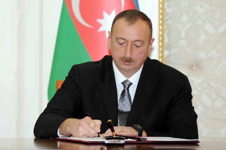 Prezident rektoru işdən çıxardı - YENİ TƏYİNAT