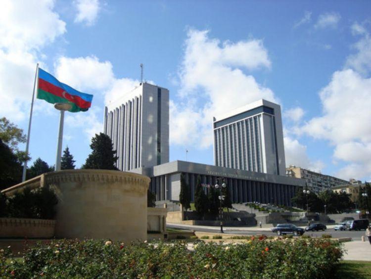 Беззвучная революция в Азербайджане