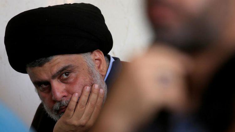 العراق: منزل الزعيم الشيعي مقتدى الصدر في النجف يتعرض لقصف بطائرة مسيرة - الفيديو