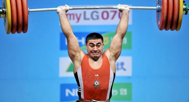 ru/news/sport/405700-azerbaydjanskiy-tyajeloatlet-nizami-pashaev-zavoeval-titul-trexkratnoqo-tchempiona-mira