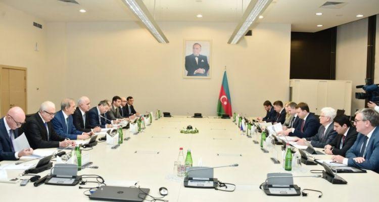 ru/news/sience/405923-v-azerbaydjane-budet-postroen-zavod-po-remontu-i-texnitcheskomu-obslujivaniyu-vertoletov