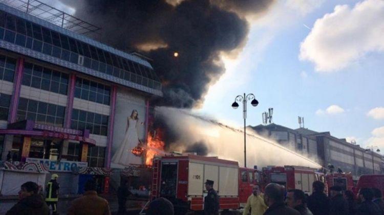 Почему горят  торговые центры в Баку?