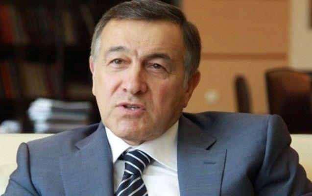 """Rusiyalı milyarder yeni baş nazir haqda: - """"Bütün ölkə onun kassasında """"oturub""""..."""