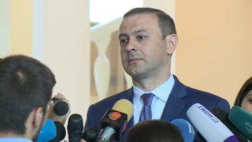 В Армении была попытка переворота - Секретарь Совбеза Армении Григорян