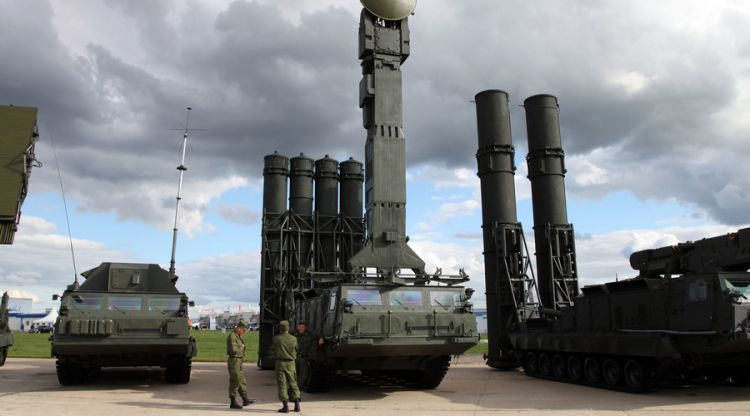 US is trying to block the Russian S-300 and S-400 with Patriots