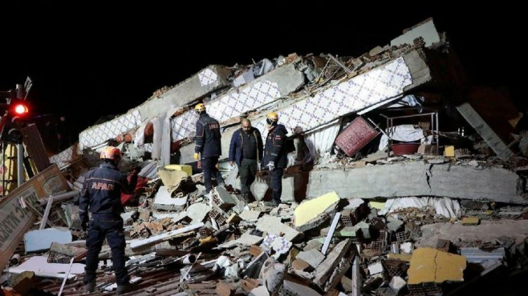 Elazığ'da 6,8 büyüklüğünde deprem - VİDEO