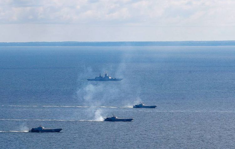 Russian Baltic fleet conducts tactical drills