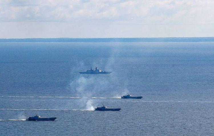 Russian Baltic fleet conducts tactical drills