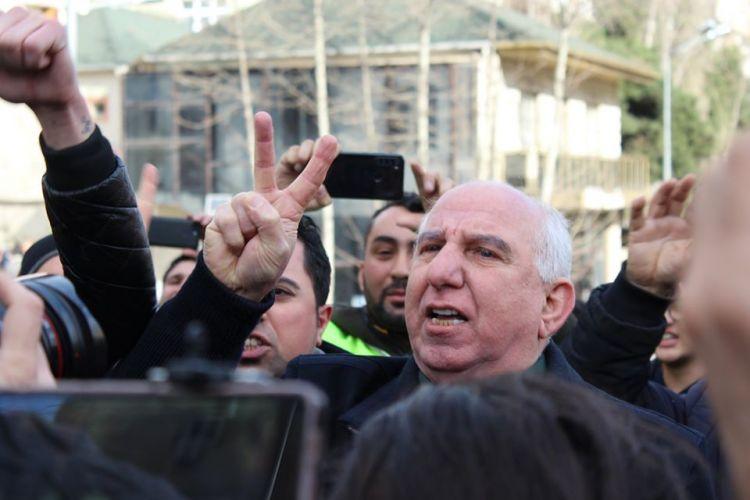Задержанных участников акции вывезли за пределы Баку - ВИДЕО - ФОТО