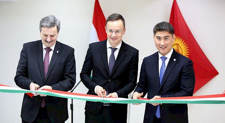 Bişkek'te, Macaristan Büyükelçiliğinin resmi açılışı yapıldı