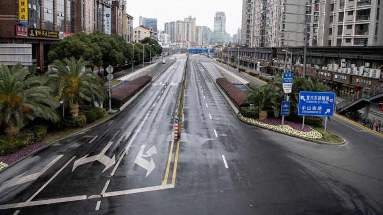 في نتيجة فيروس كورونا: شوارع شبه خالية في بكين - الفيديو