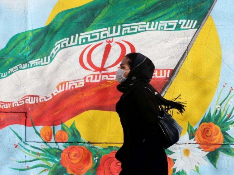 Коронавирус: у Ирана нет планов изолировать города, заявил Рухани.