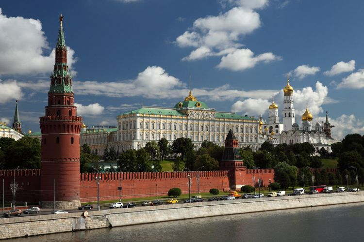 Koronavirus Kremlə qədər yayıldı - Putin təhlükədə?