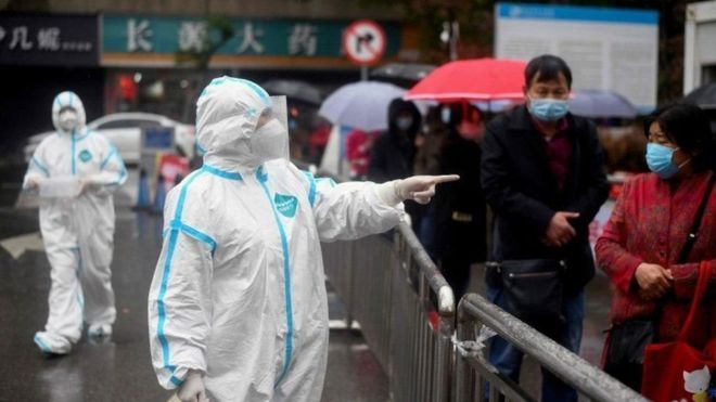 فيروس كورونا: الصين تفرض حظرا على دخول الزائرين الأجانب إلى أراضيها