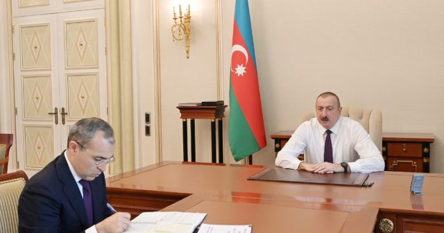 """""""Vatandaşların sorumsuzluğu koronavirüsün yayılmasına neden oluyor"""" - Cumhurbaşkanı Aliyev"""