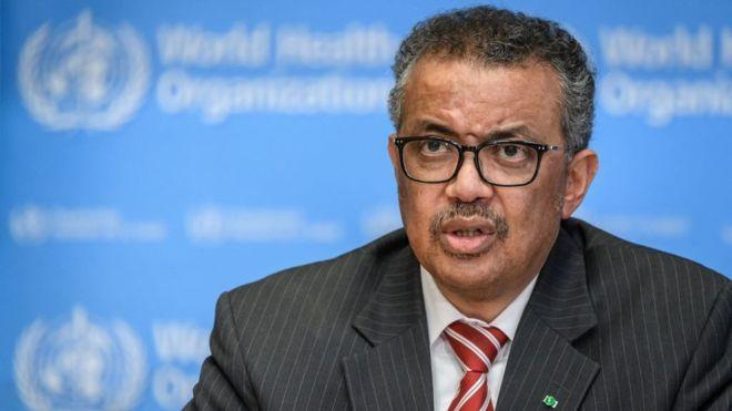 """فيروس كورونا: رئيس منظمة الصحة العالمية يدعو إلى وقف """"تسييس"""" الوباء"""