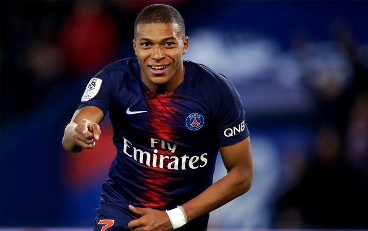 en/news/sport/430097-kylian-mbappe-explains-zinedine-zidane-influence-amid-real-madrid-transfer-interest