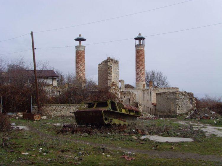 Suriyeli Ermeniler, Azerbaycan'ın işgal edilen arazilerine yerleştiriliyor