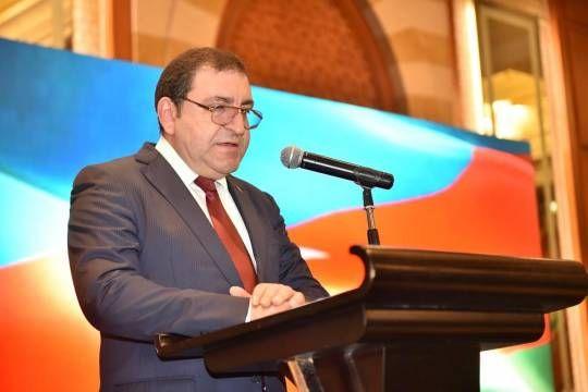 أذربيجان تحتفل بالعيد الوطني 102 لتأسيس الجمهورية الشعبية
