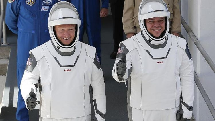 en/news/sience/430768-spacex-astronauts-dock-with-international-space-station-after-historic-launch