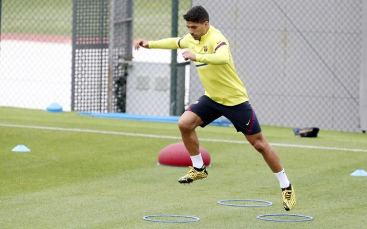 en/news/sport/431215-suarez-says-playing-without-fans-will-feel-peculiar