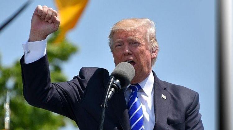 """""""Очередной фейк"""": Трамп заступился за Россию перед журналистами"""