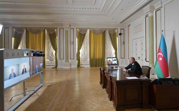 عقد مشاورة عبر الاتصال المرئي تحت اشراف الرئيس إلهام علييف تكريسا للتدابير المتخذة لمكافحة فيروس كورونا والوضع الاجتماعي والاقتصادي