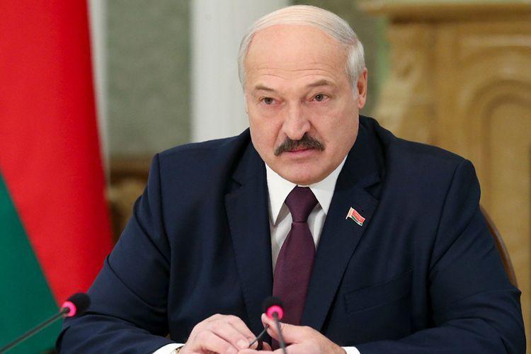 Лукашенко: Протестующие пытались штурмом взять органы власти в двух населенных пунктах