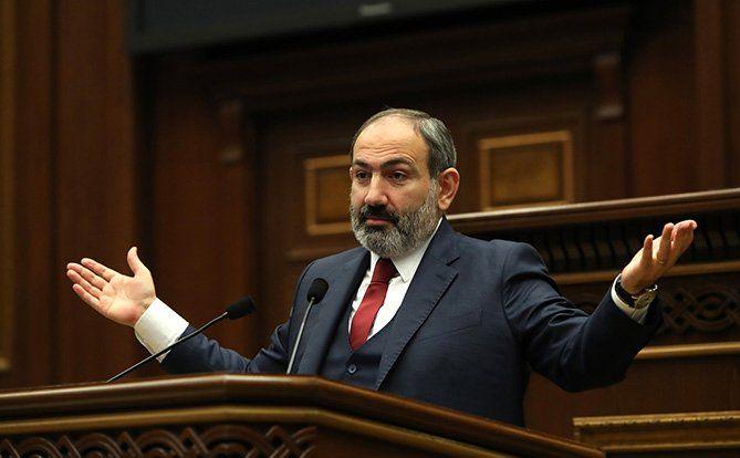 """""""Düzgün"""" addımların axtarışı ölkəni məhv edə bilər"""" - Nikol Paşinyan"""