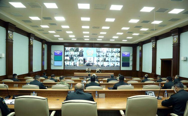 Азербайджанская армия полностью готова к пресечению любых провокаций противника и решительным ответным действиям - министр обороны