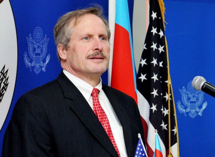 Армения пыталась захватить стратегическую высоту - Экс-посол США в Азербайджане - ВИДЕО