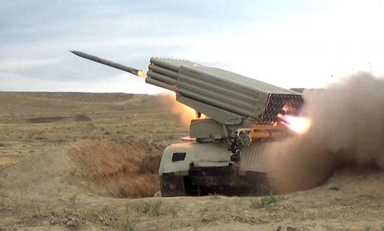 Azerbaijan armed forces conduct military drills - VIDEO