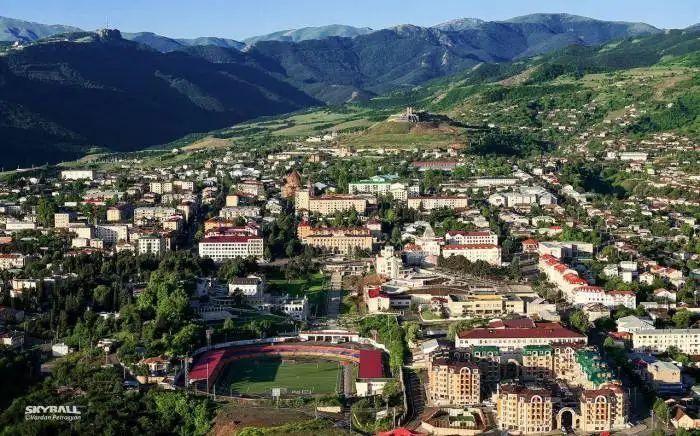 Люди, проживающие в Ханкенди, экстренно покидают его - армянские СМИ - ФОТО