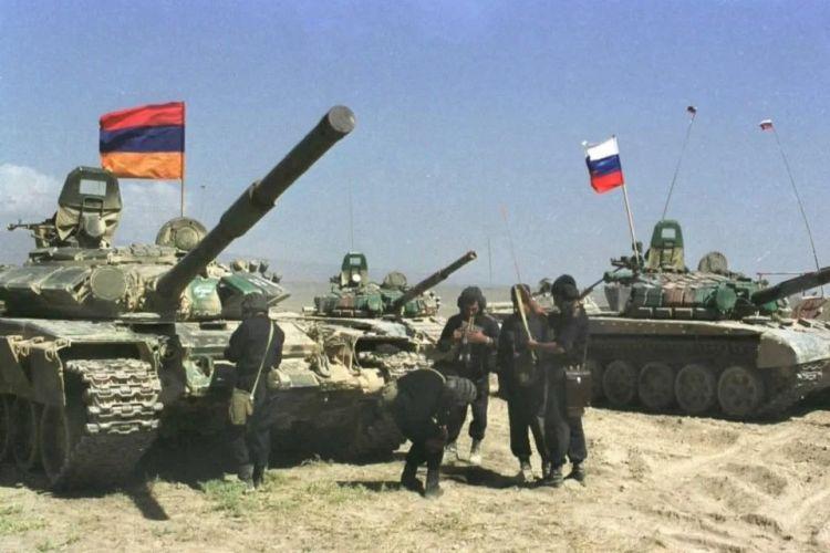 Москва пытается сдержать наступление Азербайджана путем вооружения Армении