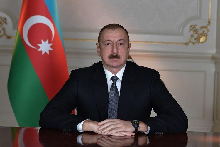 «Оккупация Кельбаджарского района - прямая ответственность Народного фронта Азербайджана», - сказал Ильхам Алиев.