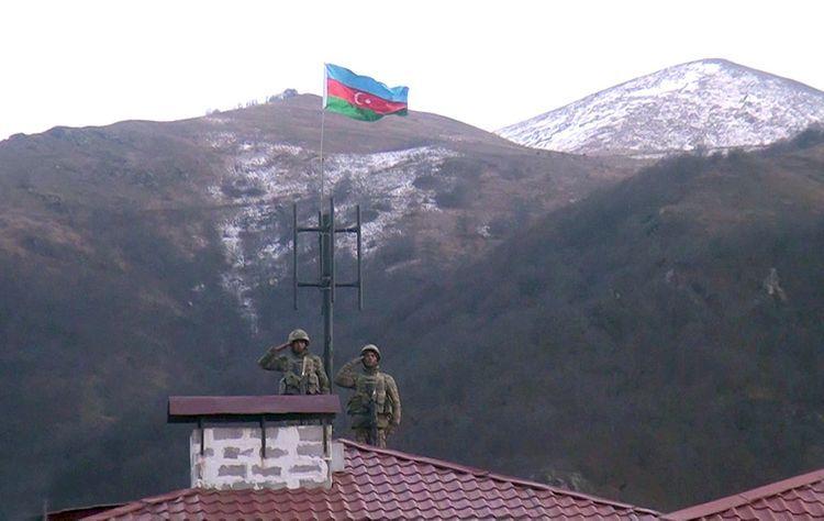 İşğaldan azad olunan Kəlbəcər şəhərində Azərbaycan bayrağı qaldırılıb - VİDEO