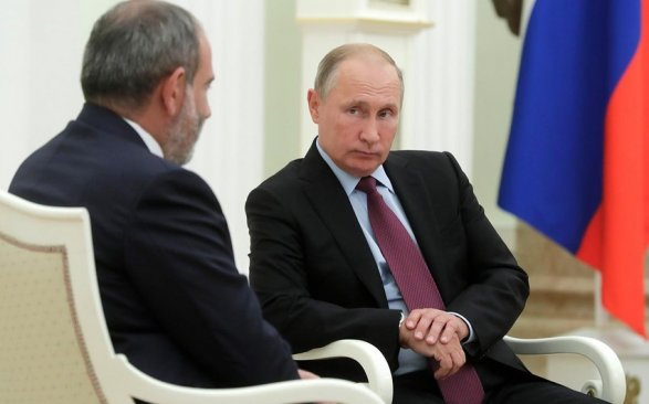 Путин призвал поддержать Пашиняна